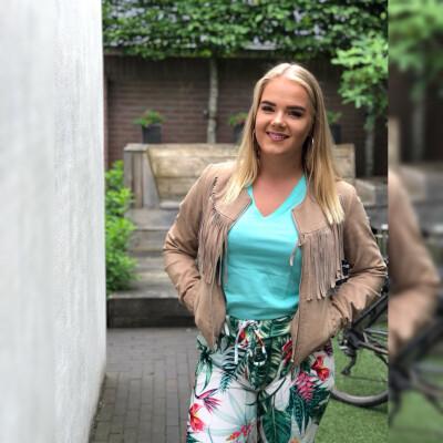Caroline zoekt een Kamer/Studio/Appartement in Den Haag