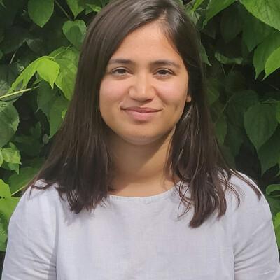 Suhavi zoekt een Kamer / Studio in Den Haag