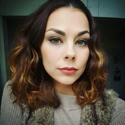 Eva is looking for a Studio / Apartment in Den Haag