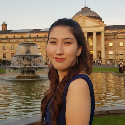 Zaya Victoria zoekt een Kamer / Studio / Appartement in Den Haag