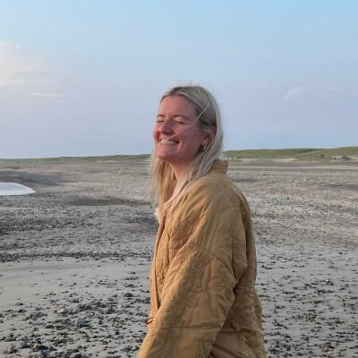 Sofie zoekt een Kamer / Studio / Appartement in Den Haag